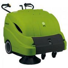 712 Vacuum Sweeper