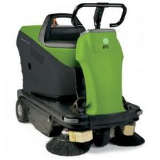 1050 RIDER Sweeper