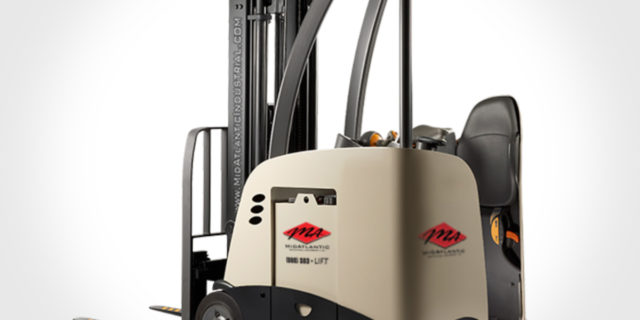 renting material handling equipment